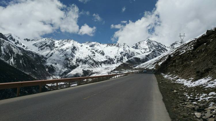 Gilgit-Skardu Road to be Completed by 2020